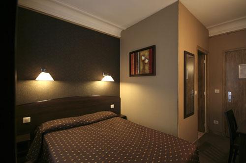 Cheap Hotels In Paris Victor Masse Hotel Paris